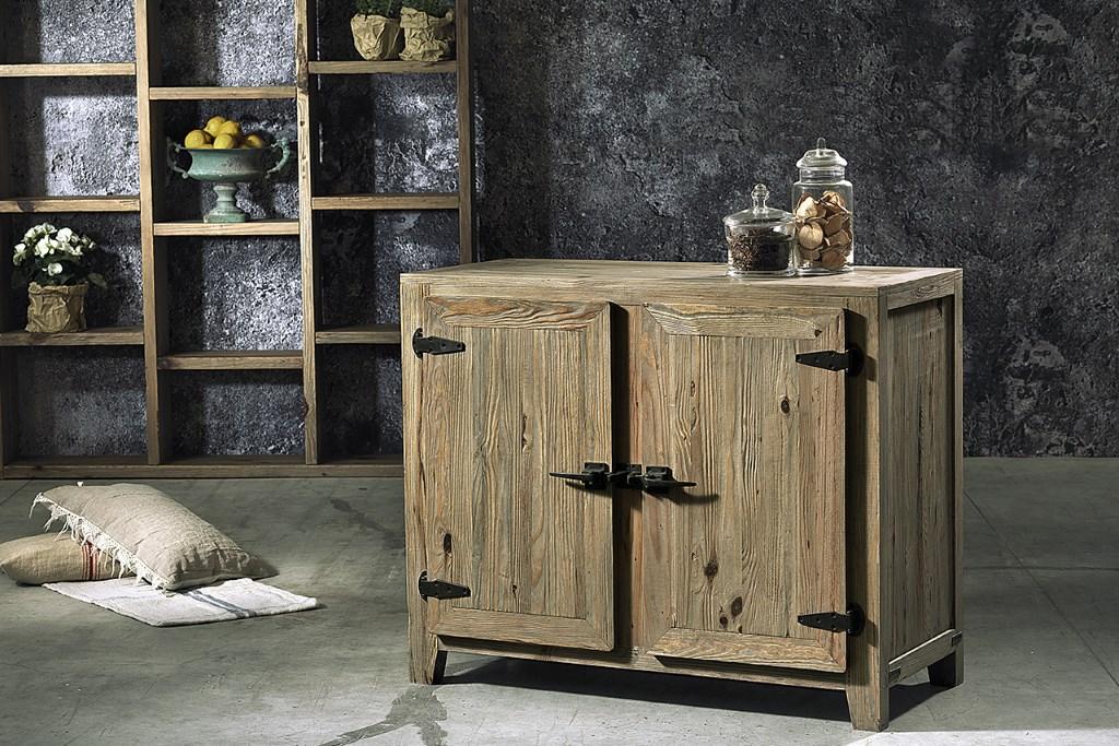 Credenza Rustica Pino : Credenza in legno di pino vecchio · mobilificio maieron paluzza